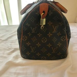 Louis Vuitton Bags - Authentic Vintage Louis Vuitton Speedy 30